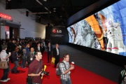 ces_lg_booth_332_010714
