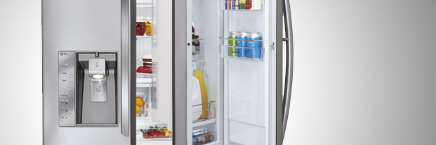 "LG SHOWCASES ITS INNOVATIVE ""DOOR-IN-DOOR"" REFRIGERATOR AT CES 2013"